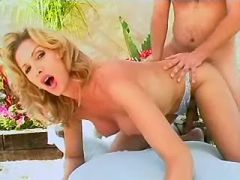 Shemale fucked outdoor